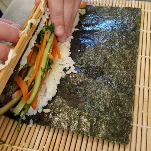 sushi wrapping